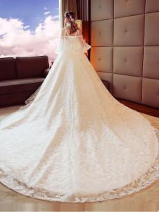 Elegant Chest Appliques Royal Train Wedding Dresses, Lace Bride Gowns GW-022